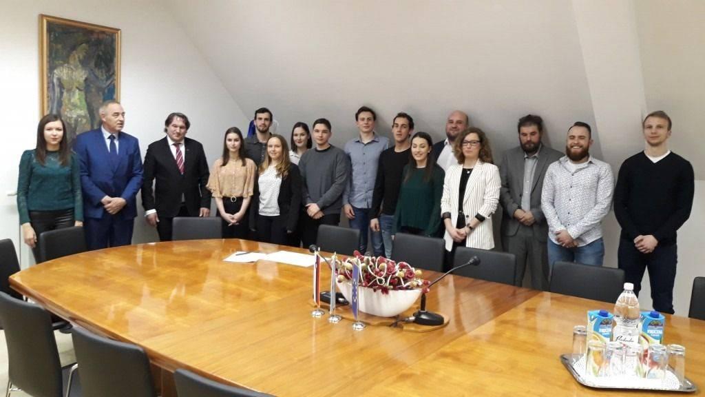 Podpis pogodb za štipendije 2019/2020